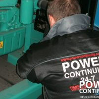 DieselGenerators_Engineers_105-400x400