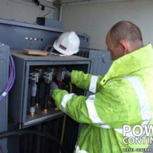DieselGenerators_Engineers_2-400x400