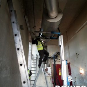 DieselGenerators_Engineers_3-400x400