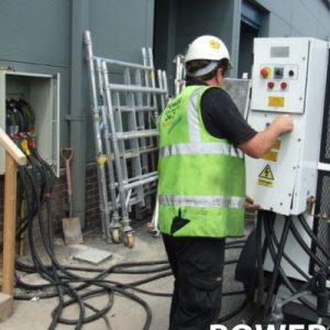 DieselGenerators_Engineers_38-400x400