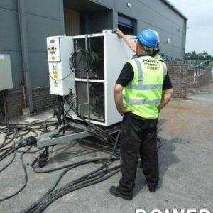DieselGenerators_Engineers_93-400x400
