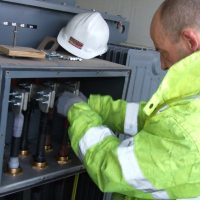 PowerContinuity_installation_engineers_39-400x400
