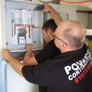 PowerContinuity_installation_engineers_42