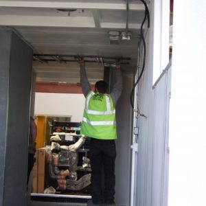 PowerContinuity_installation_engineers_47-400x400